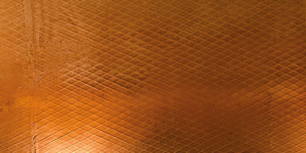 Wandbelag in rostiger Waffelblech-Optik